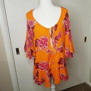 Hello Molly Women's Orange Floral Romper Medium